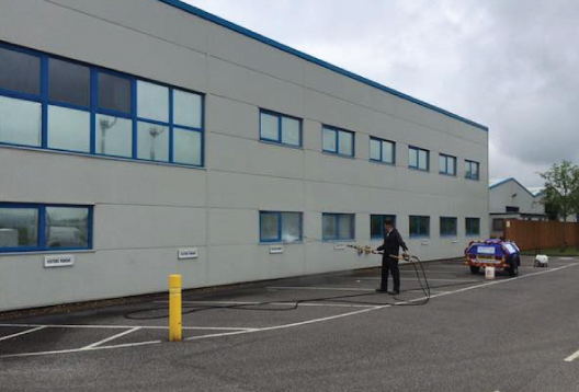 Commercial-Window-Cleaning-Services-Carmarthenshire-Carmarthen-Ammanford-Llanelli-Comserve-Ltd